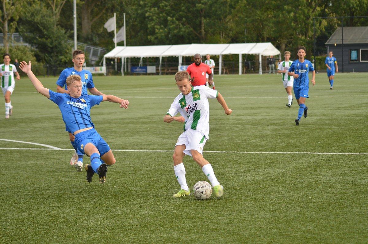 FC Groningen o18 wint op Corpus den Hoorn van Vitesse o18, 5-2