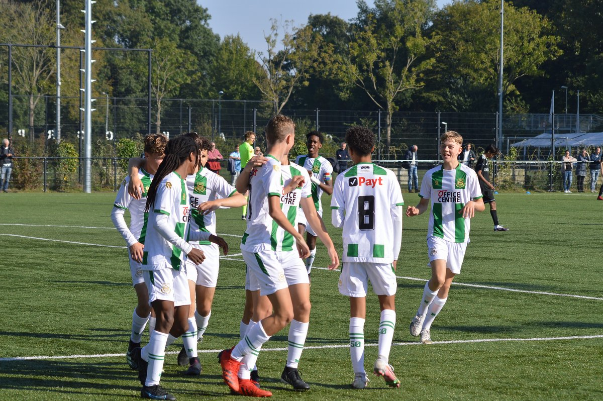 FC Groningen o16 wint ruim van Zeeburgia o16